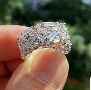 Ladies Silver crystal, diamonte,rhineston  Solitaire White Sapphire Ring size N.