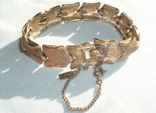 VINTAGE MONET GOLD TONE ETCHED LINK SAFETY CHAIN BRACELET IN GIFT BOX