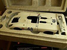 AUTOart 87072 PORSCHE 908/02 die cast car Steve McQueen Revson Sebring 1970 1:18