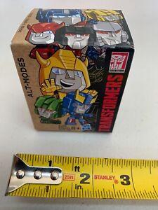 Transformers Generations - ALT MODES Series 1 - OPTIMUS PRIME -SEALED NEW -00210