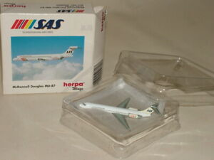 HERPA WINGS PASSENGER AIRCRAFT BOXED 1:500 McDONNELL DOUGLAS MD-87 SAS 506007