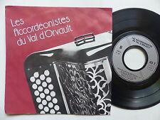 les accordeonistes Val D orvault PAUL TERRIEN ANDRE ASTIER été indien Joe Dassin