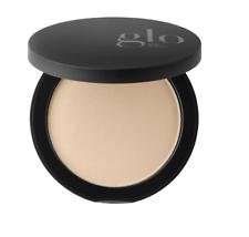Base de prensado minerales de belleza Glo Skin luz natural 0.31 Oz/9 gramos Nuevo En Caja