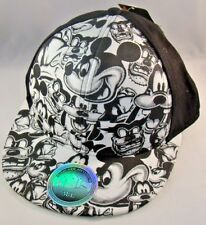 Disney Mickey Mouse Hat Cap Classic Mickey Fitted Size M/L Pluto Goofy Donald