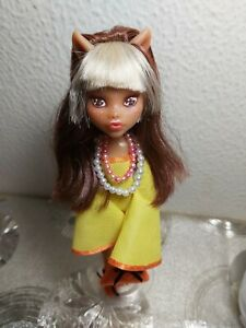OOAK Monster High '60s Colorful Fashion Doll (Clawdeen Wolf)