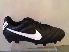 Nike Outdoor Soccer Cleats Jr. Tiempo Natural IV Black/White Boys Size 5 1/2