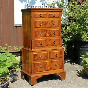 Bevan Funnell Reprodux  Small Chest On Chest Of 8 Drawers