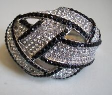 Elegant Fashion Silver Finish Rhinestone Party Wear Lady's Bangle Bracelet