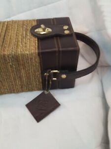 H&E elegant Wine Bottle Carrier Hard Case by H&E  purse Faux laether roped sexy
