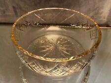 Coupe saladier en cristal taillé à fond étoilé