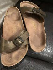Genuine women's Birkenstock sandals - size 3 Excellent Condition Gold