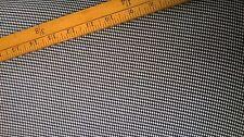 Petit dogtooth poly viscose lycra tissu au mètre noir et blanc