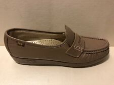 67ebc9f3cfd womens penny loafers