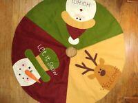 Christmas Tree Skirt with Snow Man, Reindeer and Santa, 38 inch diameter