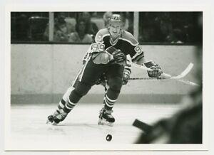 1980's WAYNE GRETZKY #99 Vintage Hockey Photo EDMONTON OILERS Eyes On Puck