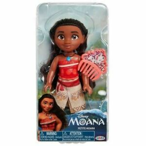 Disney 6 inch Moana Petite Adventure Doll Figure with Comb, New 2020 Release