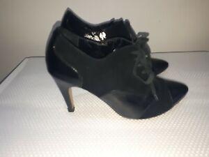 Womans Fiorelli Shoes Size 7.5
