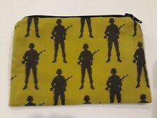 Hecho a mano monedero de tela de algodón-soldados del ejército en diseño de color caqui