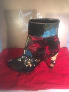 Christian Louboutin MOULAMAX Floral Bouquet Velvet Ankle Boots Bootie Black $995