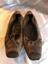 Elizabeth Stuart Brown Leather Pumps Size 5