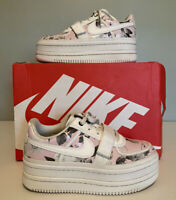 Nike Womens AQ7892 100 Vandal 2K LX Platform Floral Sneakers White Size 9 Shoes
