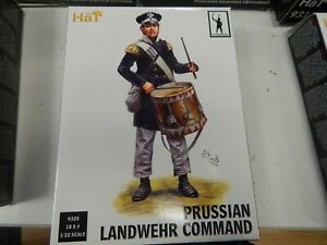 1/32 scale plastic Prussian Landwehr Command   #9325 by Hat