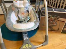 Babywippe elektrisch, gebraucht, Ingenuity, grau, Musik, elektrisch Babyschaukel