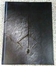 Rare BLOODBORNE Collector's Edition Hardback Guide Book PS4