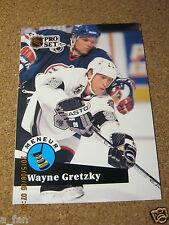 1991 92 Pro Set French #CC  5 Wayne Gretzky Los Angeles Kings Leader / Meneur  X
