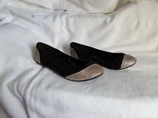 Deb Black and Gold Flats Sz 6 Suede