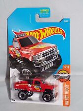 Hot Wheels 2017 HW Hot Trucks Series #82 1987 Toyota Pickup Truck Red 4x4