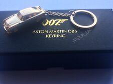 OFFICIAL SKYFALL ASTON MARTIN DB5 GOLD METAL KEYRING JAMES BOND 007 BNIB NEW