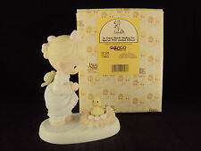 """Precious Moments Figurine, #527319, """"An Event Worth Wading For"""", Vessel Mark"""