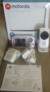"NEW Motorola 2.8"" video baby monitor WiFi internet viewing 2 way talk MBP667"