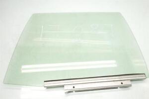 11 12 13 14 15 16 17 Lexus CT200h REAR LEFT Door glass window back driver 68114-
