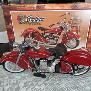 MIB Guiloy 1948 Indian Chief Motorcycle 1:6 Scale Model Bike Collection