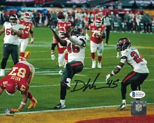 Devin White Autographed/Signed Tampa Bay Buccaneers 8x10 Photo BAS 31655