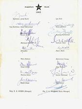 ORIGINAL SIGNED PAKISTAN CRICKET AUTOGRAPH TEAM SHEET ENGLAND TOUR 1962