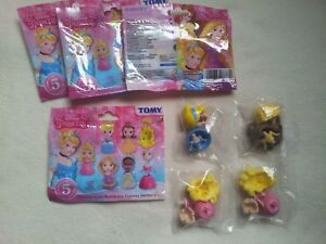 3 +1 x Tomy Disney Princess Cute Buildable Figs Ser 1. Semi opened.FREE SIGN PO