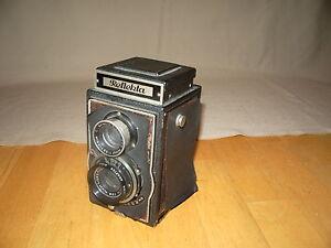 REFLEKTA TWIN LENS REFLEX CAMERA 1949 MODEL (GERMANY)  DISPLAY OR  LOMOGRAPHY