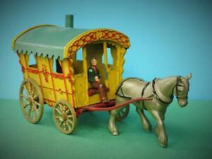 MORESTONE 1949 RARE DIECAST HORSE DRAWN GIPSY CARAVAN SET. EXCELLENT