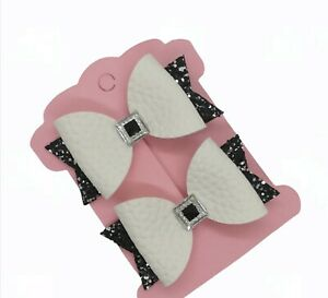 Black and White Hair Clips BOWS GIRLS CLIPS  Hair bows Black and White