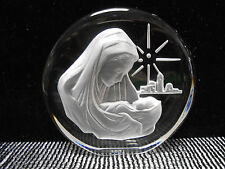 Beautiful Madonna Mother and Child 24% Lead Crystal Paperweight Japan