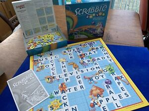 Junior Scrabble Parker Brothers Age 5+ from the USA. Good Condition