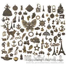 Lot de 90 vintage Pendentifs breloque Bronze mixte de très bonne qualité charm