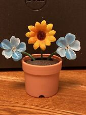 New Solar Powered Dancing Toy Bobble Head Flowers - Silk Sunflower and Blue