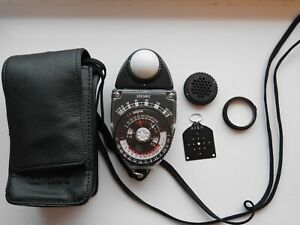 Sekonic L398 light meter with accessories