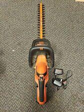Black+Decker lht2220 Battery Powered Hedge Trimmer c-x