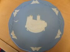 Wedgwood Collector Plate Christmas 1986 - Canterbury Cathedral Queensware 7""