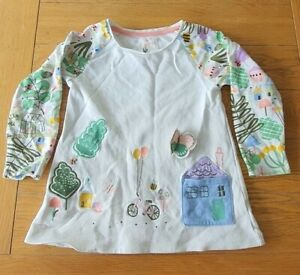 Girls White picture long sleeved Top 4-5yrs(104-110cm) Pre-owned